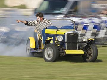 Dingle Fingle Comedy Car