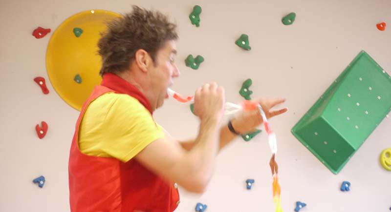 Dingle Fingle Childrens Entertainer MCoil