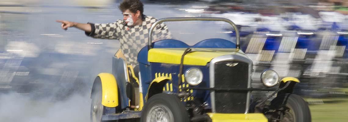 dingle-fingles-comedy-car-act2