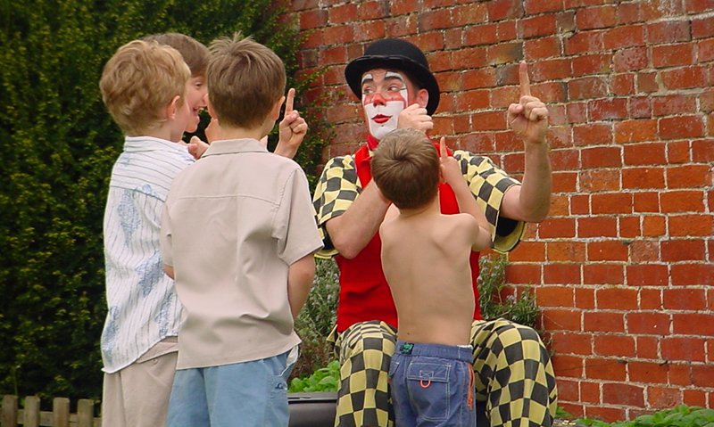 Dingle Children's Entertainer